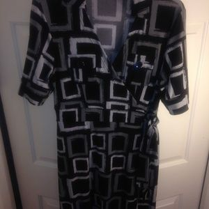 Beautiful Faux Wrap Dress with Short Sleeves